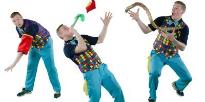 Image of magician birthday party entertainer in Sydney from Superheroes Inc